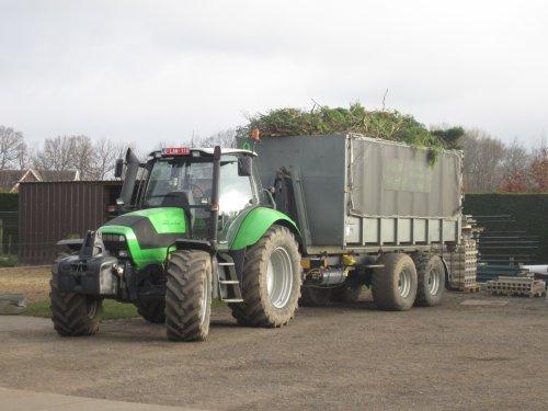 Foto van een Deutz-Fahr Agrotron M 620. Geplaatst door jdeutz6190 op 26-03-2016 om 17:36:35, op TractorFan.nl - de nummer 1 tractor foto website.