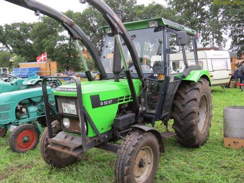 Deutz-Fahr D 5207 van oldtimergek