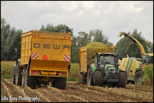 T'jampens - Vinderhoute.. Geplaatst door Lille Jens op 22-10-2020 om 09:36:49, op TractorFan.nl - de nummer 1 tractor foto website.
