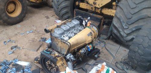 Foto van een Eder 805 Bijna weer klaar. Volgende x de verstuivers en leidingen. En laatste kapwerk. Dan kan hij er weer in.