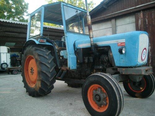 Eicher Büffel van MF65