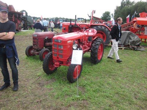 Foto van een Fahr D181. Geplaatst door jordi 1455 op 14-11-2017 om 19:02:47, op TractorFan.nl - de nummer 1 tractor foto website.