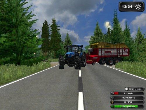 Foto van een Farming Simulator New Holland, bezig met gras inkuilen.. Geplaatst door Kees Fahr op 26-08-2011 om 19:57:53, met 2 reacties.
