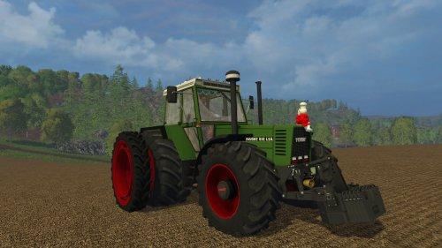 Foto van een Farming Simulator Fendt, bezig met poseren.. Geplaatst door RobinFord op 02-02-2015 om 18:29:06, met 7 reacties.