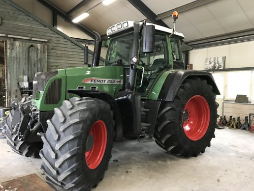 Fendt 820 van lakeside