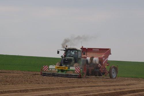 Foto van een Fendt 930. Geplaatst door jd7920 op 13-04-2017 om 16:33:34, op TractorFan.nl - de nummer 1 tractor foto website.