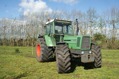 Foto van een Fendt 612. Geplaatst door fendt280v op 23-04-2017 om 17:17:37, op TractorFan.nl - de nummer 1 tractor foto website.