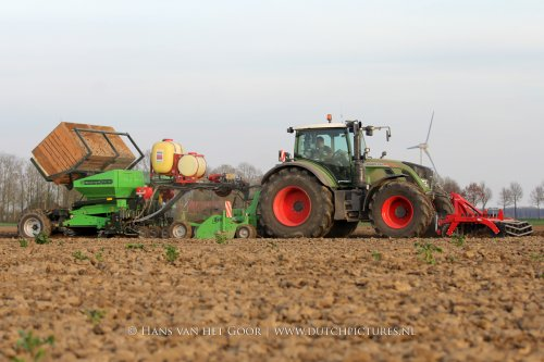 VIDEO: https://www.youtube.com/watch?v=VV0pe3INqoQ  De nieuwe Fendt 724 van Mts Stokman uit Biddinghuizen aan het aardappels poten.