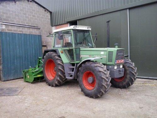 Foto van een Fendt 311 LSA. Geplaatst door fendt716,311driver op 19-05-2017 om 22:51:05, op TractorFan.nl - de nummer 1 tractor foto website.