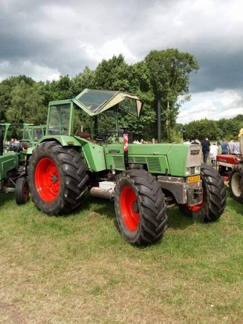 Foto van een Fendt 612s op het IHF Panningen 2017. Geplaatst door Fendt Farmer 2E op 22-08-2017 om 18:20:19, op TractorFan.nl - de nummer 1 tractor foto website.