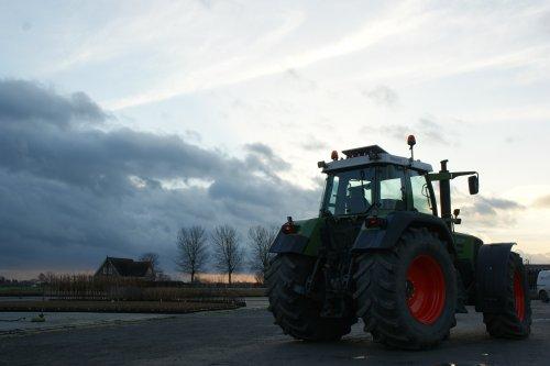 Foto van een Fendt 916. Geplaatst door fendt280v op 14-01-2018 om 15:58:44, op TractorFan.nl - de nummer 1 tractor foto website.