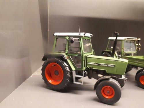 Landbouw miniaturen 1:32 Fendt van g-g