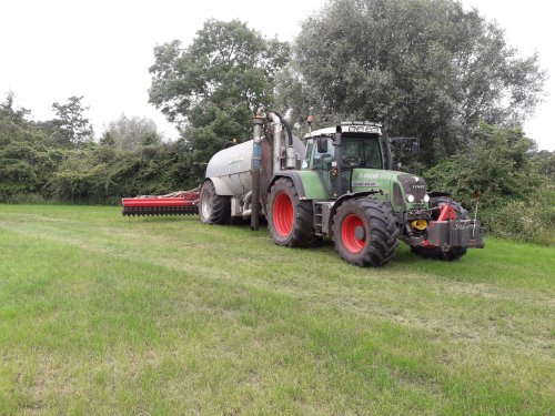 Fendt 818 van Favorit614