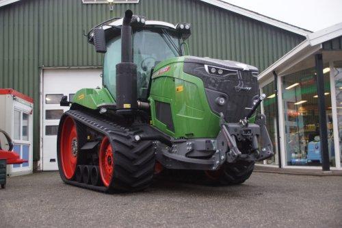 Foto van een Fendt 943MT. Geplaatst door jans-eising op 12-01-2019 om 19:19:53, op TractorFan.nl - de nummer 1 tractor foto website.