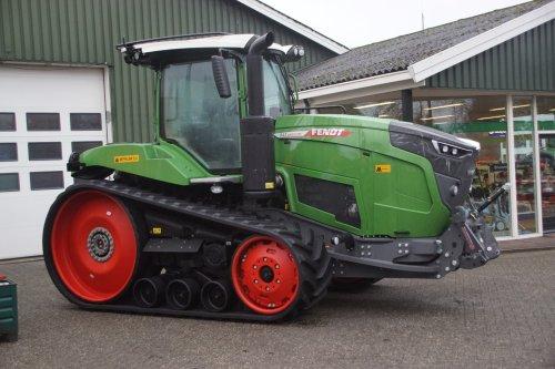Foto van een Fendt 943MT. Geplaatst door jans-eising op 12-01-2019 om 19:19:58, op TractorFan.nl - de nummer 1 tractor foto website.