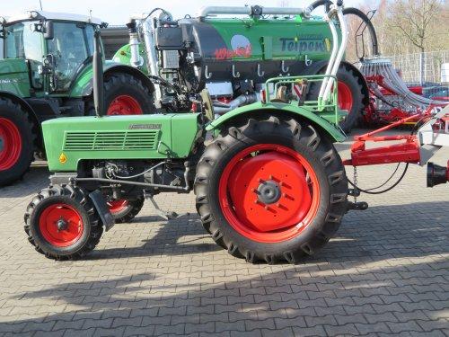Foto van een Fendt Farmer 2 DE. Geplaatst door Renaultgek op 26-02-2019 om 23:07:55, op TractorFan.nl - de nummer 1 tractor foto website.