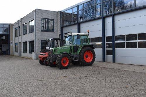 Foto van een Fendt 304 LSA. Geplaatst door jordi 1455 op 07-04-2019 om 16:19:56, op TractorFan.nl - de nummer 1 tractor foto website.
