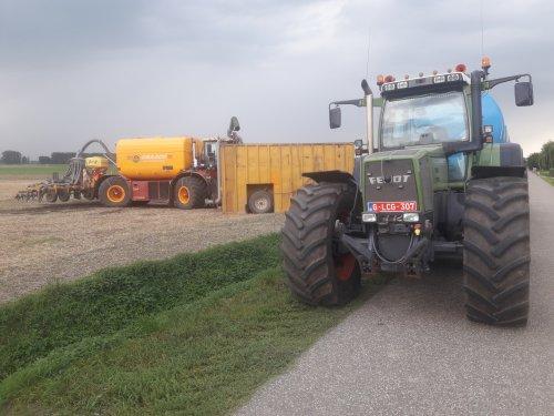 Foto van een Fendt 916 en een vredo.. Geplaatst door stijn-de-bock op 31-08-2019 om 21:45:31, op TractorFan.nl - de nummer 1 tractor foto website.