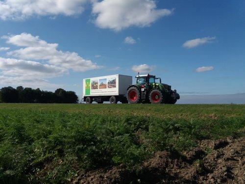 Foto van een mooie Fendt 939. Geplaatst door Rickfendt615 op 26-09-2019 om 13:32:32, op TractorFan.nl - de nummer 1 tractor foto website.
