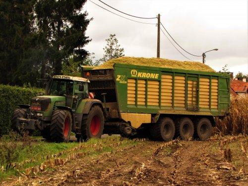 Melkveehouder Janssens uit Oevel. Geplaatst door fend1984 op 02-11-2019 om 20:49:11, op TractorFan.nl - de nummer 1 tractor foto website.