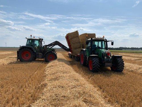 Foto van een Fendt 711. Geplaatst door WesselBarne op 08-11-2019 om 12:36:38, op TractorFan.nl - de nummer 1 tractor foto website.