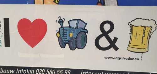 Foto van een Onbekend Stickers. Geplaatst door T.Tanis op 17-01-2020 om 10:08:52, met 4 reacties.