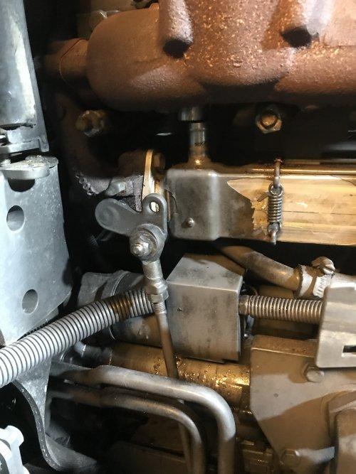 Foto van een Fendt 210 P Vario O-ring lek beetje jammer dat je alles wat er in de buurt van zit los moet draaien.