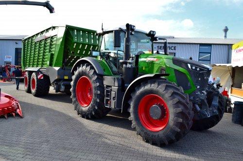 Foto van een Fendt 930. Geplaatst door Lucas Ensing op 22-03-2020 om 12:04:08, op TractorFan.nl - de nummer 1 tractor foto website.
