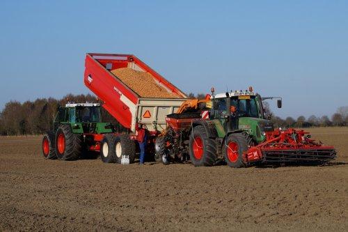 Foto van een Fendt 615. Mooi dat het zo kan😉. Geplaatst door matzzz op 05-04-2020 om 18:06:40, op TractorFan.nl - de nummer 1 tractor foto website.