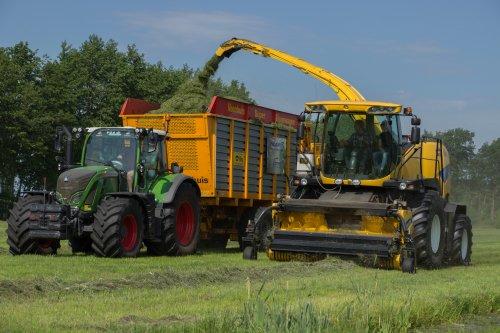Meer foto's op de facebook pagina van Vos Ruinerwold. Geplaatst door Redmerr op 14-06-2020 om 22:35:34, op TractorFan.nl - de nummer 1 tractor foto website.