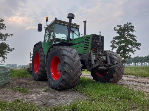 Foto van een Fendt 612. Geplaatst door Rickfendt615 op 17-06-2020 om 17:44:38, op TractorFan.nl - de nummer 1 tractor foto website.