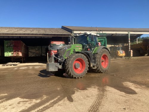 Fendt 933 van New Kobelco