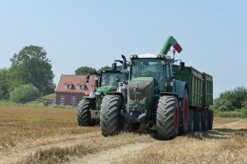 Foto van een Fendt 900 Serie. Geplaatst door allis man op 23-08-2020 om 12:07:08, op TractorFan.nl - de nummer 1 tractor foto website.