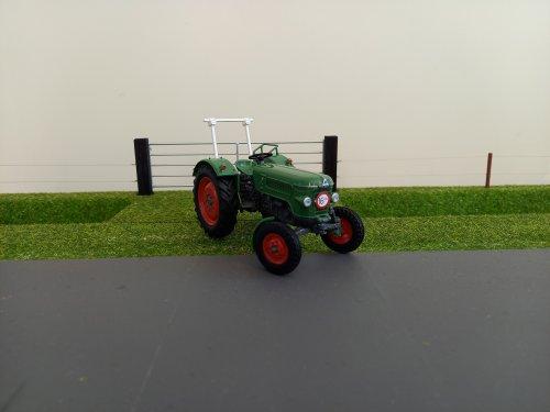Foto van een Fendt Farmer 2D miniatuur 1:32  limited edition.. Geplaatst door john deere 8360r op 23-01-2021 om 11:52:21, op TractorFan.nl - de nummer 1 tractor foto website.