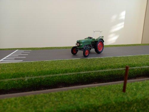 Foto van een Fendt Farmer 2D miniatuur 1:32  limited edition.. Geplaatst door john deere 8360r op 23-01-2021 om 11:52:22, met 2 reacties.