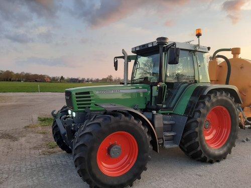 Foto van een Fendt 514 C. Voorjaar in de bol. Gebruiken die trekker👌😅. Geplaatst door tone29 op 02-05-2021 om 20:34:48, op TractorFan.nl - de nummer 1 tractor foto website.