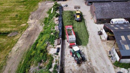 Foto van een Fendt 718. Geplaatst door langeniebange op 14-06-2021 om 20:41:25, op TractorFan.nl - de nummer 1 tractor foto website.