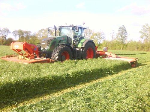 Loonbedrijf Postel met Fendt 924,voor de eerste keer gras maaien.. Geplaatst door NWFan op 19-05-2010 om 11:40:04, met 6 reacties.