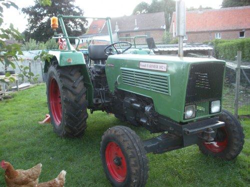 Foto van een Fendt 102 S.. Geplaatst door tractorjhonn op 03-12-2010 om 00:44:49, met 3 reacties.