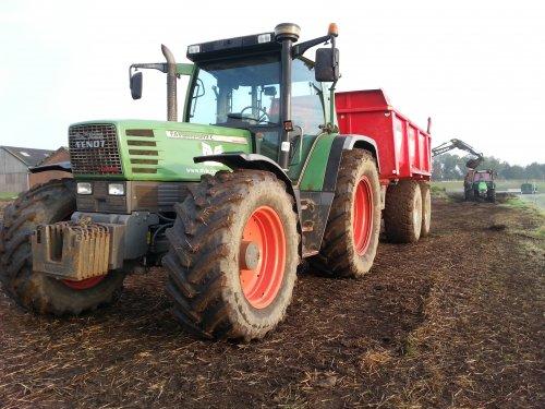 Laatst een dag wezen dumperen met de buffel van m'n stage. Geplaatst door wouter6030 op 24-10-2015 om 20:29:11, op TractorFan.nl - de nummer 1 tractor foto website.