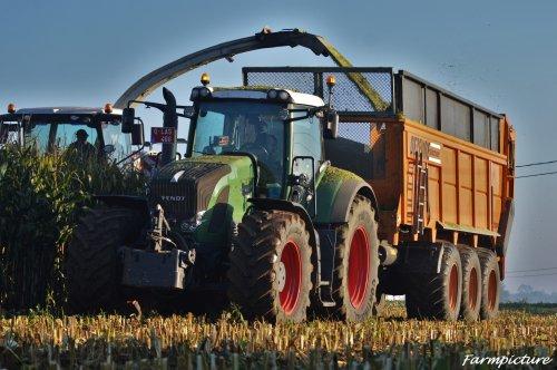 Weer een foto van een maand geleden.. Geplaatst door Jan Ramon op 20-11-2015 om 18:30:36, op TractorFan.nl - de nummer 1 tractor foto website.