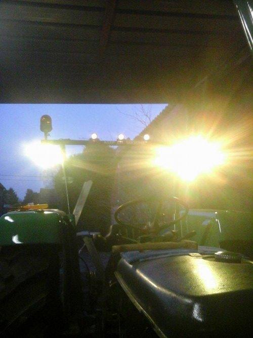 Foto van een Fendt Farmer 2s turbomatik. Geplaatst door Jonathan van saen op 24-03-2016 om 21:34:52, op TractorFan.nl - de nummer 1 tractor foto website.