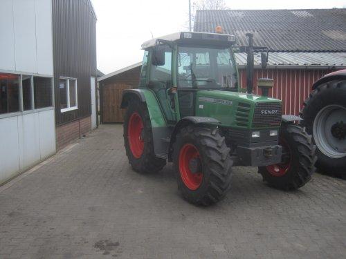 Foto van een Fendt 308. Geplaatst door jordi 1455 op 03-04-2016 om 15:02:11, op TractorFan.nl - de nummer 1 tractor foto website.