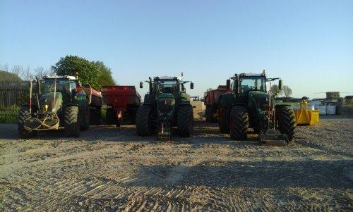 Foto van een Fendt Meerdere. Geplaatst door 16045HSX op 09-05-2016 om 21:04:42, op TractorFan.nl - de nummer 1 tractor foto website.