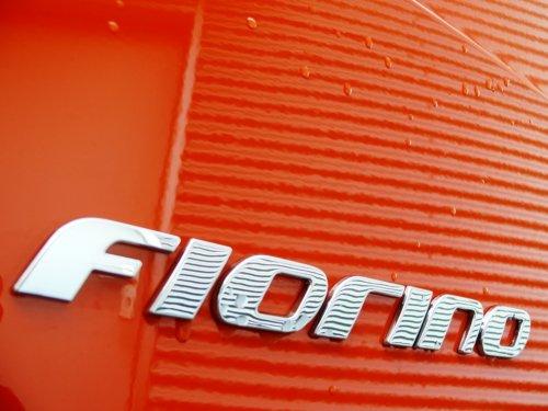 Foto van een FIAT Fiorino, opgebouwd met gesloten opbouw.. Geplaatst door Alex Miedema op 03-02-2016 om 10:34:45, op TractorFan.nl - de nummer 1 tractor foto website.