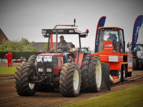 Danoontje Power in volle actie bij Trekekrtrek Zundert 2018 ;). Geplaatst door tractorquintentje op 29-04-2018 om 13:50:21, met 2 reacties.