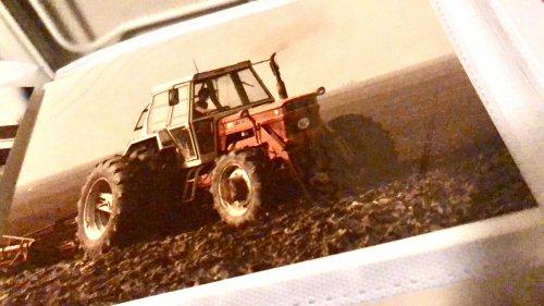 Foto van een Fiat 1300. Foto van mijn vader in zijn jonge jaren.. Geplaatst door theovl op 09-11-2019 om 17:16:07, met 8 reacties.