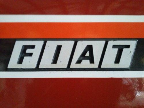 Foto van een Fiat Logo, bezig met poseren.  130-90 DT. Geplaatst door gkgerbengk op 22-09-2013 om 15:48:03, op TractorFan.nl - de nummer 1 tractor foto website.