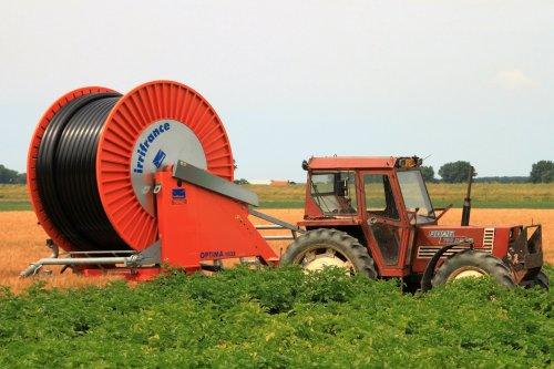 Foto van een Fiat 780 DT. Geplaatst door alfredo op 26-07-2016 om 19:57:47, op TractorFan.nl - de nummer 1 tractor foto website.