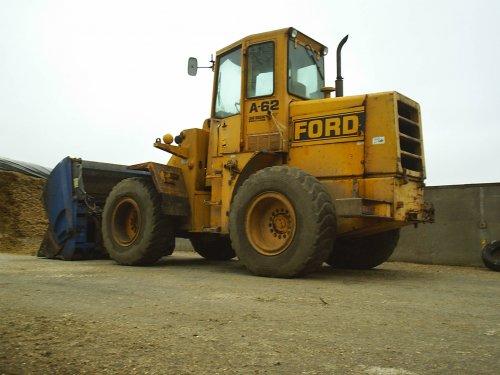 Ford A-62 van fendt-412